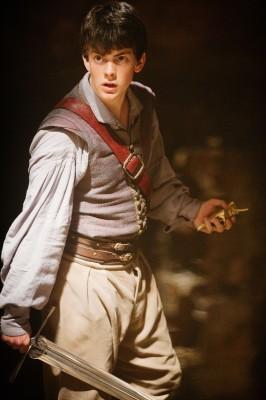 Skandar Heyner as 'Edmund Pevensie'