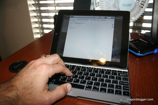 iPad2 wireless keyboard IMP38B