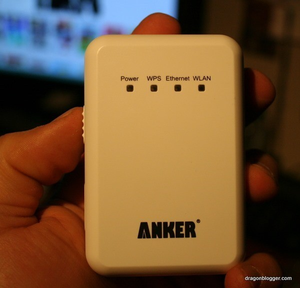 anker wi-fi repeater front