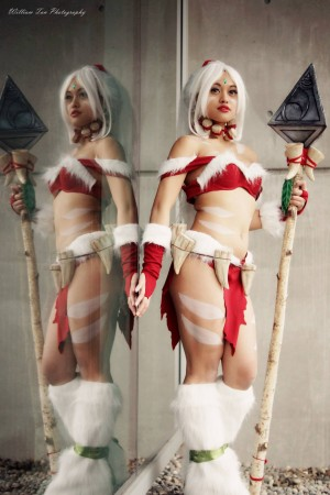 LoL's Snow Bunny Nidalee Cosplay Lunar Crow Cosplay Photographer: William Tan's Photography